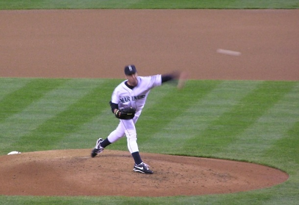 Seattle's Jamie Moyer on the mound against the Texas Rangers (2004)